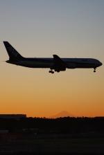 あぽやんさんが、成田国際空港で撮影した全日空 767-381/ERの航空フォト(写真)