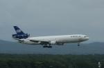 北の熊さんが、新千歳空港で撮影したワールド・エアウェイズ MD-11Fの航空フォト(写真)