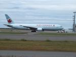 北の熊さんが、新千歳空港で撮影したエア・カナダ 767-375/ERの航空フォト(写真)