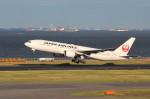 アイスコーヒーさんが、羽田空港で撮影した日本航空 777-289の航空フォト(飛行機 写真・画像)
