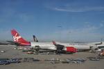 snow_shinさんが、シドニー国際空港で撮影したヴァージン・アトランティック航空 A340-642の航空フォト(飛行機 写真・画像)
