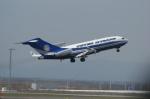 北の熊さんが、新千歳空港で撮影したPETER NYGARD 727-100の航空フォト(写真)