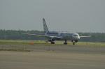北の熊さんが、千歳基地で撮影したナショナル・エアラインズ 757-223の航空フォト(飛行機 写真・画像)