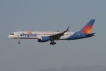 matsuさんが、ロサンゼルス国際空港で撮影したアレジアント・エア 757-204の航空フォト(写真)