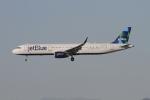 matsuさんが、ロサンゼルス国際空港で撮影したジェットブルー A321-231の航空フォト(写真)