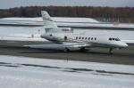 北の熊さんが、新千歳空港で撮影したDONA ANA TRANSPORT LLC Falcon 50の航空フォト(写真)