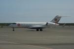 北の熊さんが、新千歳空港で撮影した中一航空 BD-700-1A10 Global Expressの航空フォト(飛行機 写真・画像)