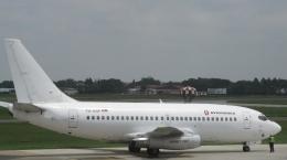 Take51さんが、ベオグラード・ニコラ・テスラ空港で撮影したアビオジェネックス 737-2K3/Advの航空フォト(飛行機 写真・画像)