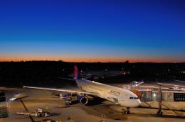 gucciyさんが、成田国際空港で撮影したデルタ航空 A330-323Xの航空フォト(飛行機 写真・画像)