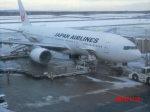 鬼の手さんが、新千歳空港で撮影した日本航空 777-289の航空フォト(写真)