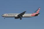 matsuさんが、ロサンゼルス国際空港で撮影したアメリカン航空 767-323/ERの航空フォト(写真)
