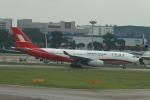 matsuさんが、シンガポール・チャンギ国際空港で撮影した上海航空 A330-243の航空フォト(写真)