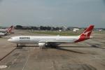 matsuさんが、シンガポール・チャンギ国際空港で撮影したカンタス航空 A330-303の航空フォト(写真)