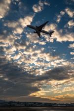 tsuna72さんが、福岡空港で撮影した日本航空 777-289の航空フォト(写真)