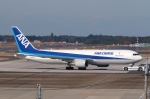 木人さんが、成田国際空港で撮影した全日空 767-381F/ERの航空フォト(写真)