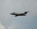 北の熊さんが、新千歳空港で撮影した三菱重工業 MU-300 Diamond 1の航空フォト(写真)