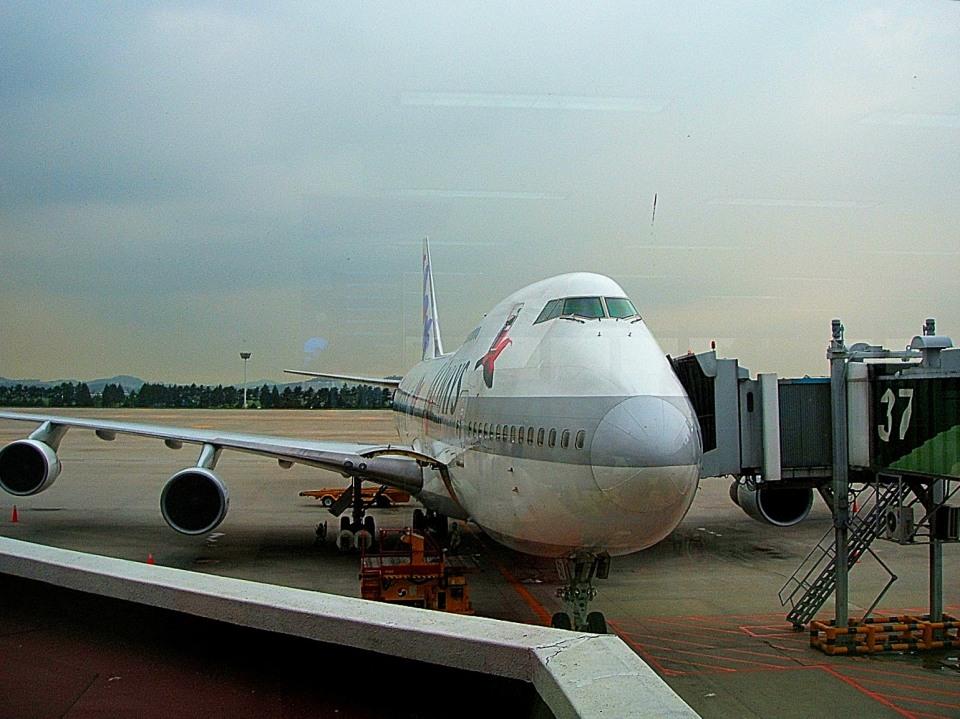 tsubasa0624さんのJALウェイズ Boeing 747-200 (JA8150) 航空フォト