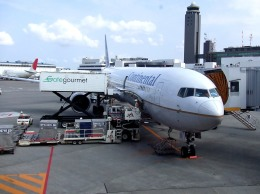 tsubasa0624さんが、成田国際空港で撮影したコンチネンタル航空 767-424/ERの航空フォト(飛行機 写真・画像)