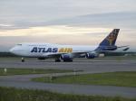 北の熊さんが、新千歳空港で撮影したアトラス航空 747-446の航空フォト(飛行機 写真・画像)