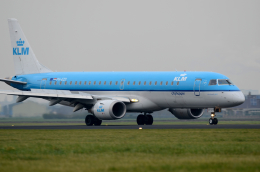航空フォト:PH-EZD KLMシティホッパー E190