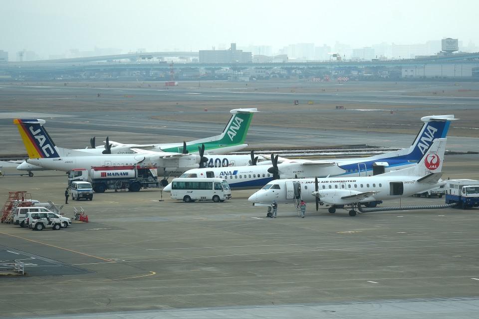 tsubasa0624さんの日本エアコミューター Saab 340 (JA8704) 航空フォト