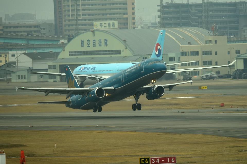 tsubasa0624さんのベトナム航空 Airbus A321 (VN-A365) 航空フォト