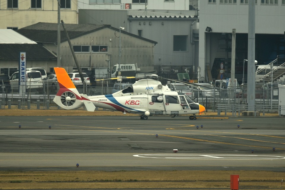 tsubasa0624さんの西日本空輸 Eurocopter AS365/565 Dauphin 2/Panther (JA01CH) 航空フォト