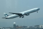tsubasa0624さんが、福岡空港で撮影したキャセイパシフィック航空 777-367の航空フォト(飛行機 写真・画像)