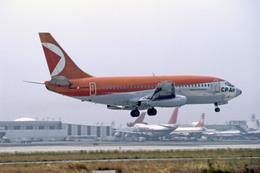 Gambardierさんが、ロサンゼルス国際空港で撮影したカナディアン・パシフィック・エアラインズ 737-217の航空フォト(飛行機 写真・画像)