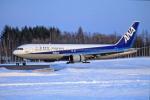ATOMさんが、帯広空港で撮影した全日空 767-381/ERの航空フォト(写真)