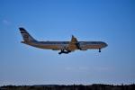 tsubasa0624さんが、成田国際空港で撮影したエティハド航空 A340-541の航空フォト(飛行機 写真・画像)