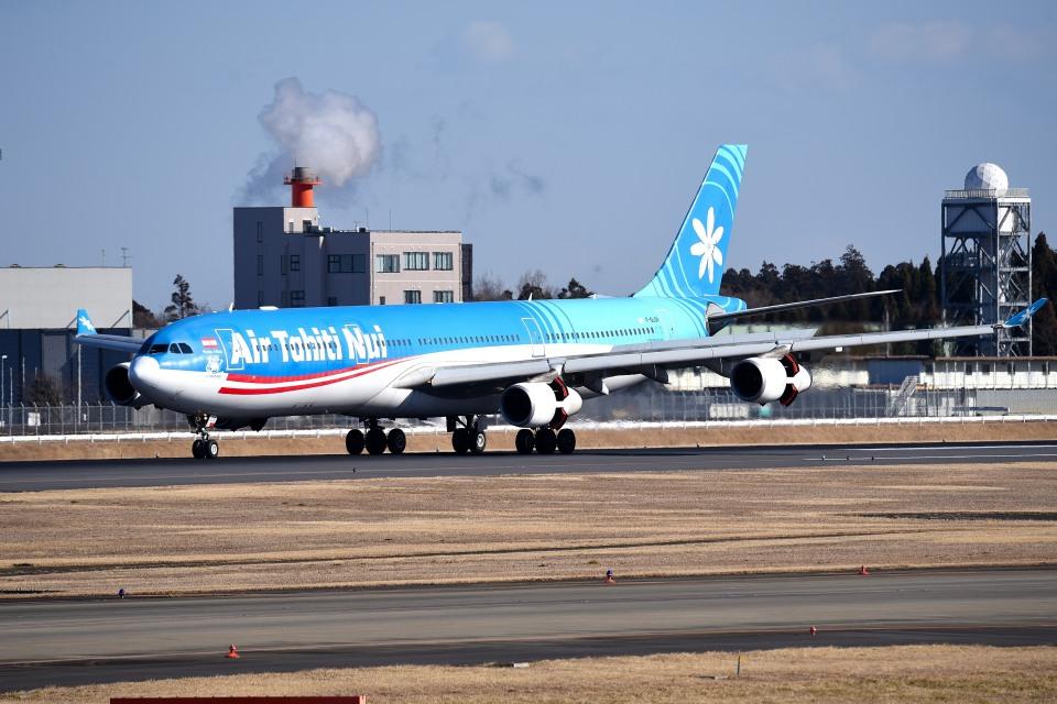 tsubasa0624さんのエア・タヒチ・ヌイ Airbus A340-300 (F-OLOV) 航空フォト