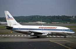 Gambardierさんが、ロナルド・レーガン・ワシントン・ナショナル空港で撮影したピードモント航空 737-201の航空フォト(飛行機 写真・画像)
