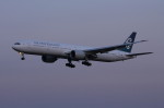 アイスコーヒーさんが、成田国際空港で撮影したニュージーランド航空 777-319/ERの航空フォト(飛行機 写真・画像)