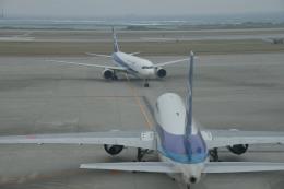 ニライカナイさんが、那覇空港で撮影した全日空 767-381の航空フォト(飛行機 写真・画像)