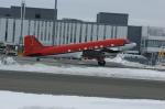 北の熊さんが、新千歳空港で撮影したKenn Borek Air DC-3の航空フォト(写真)