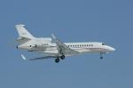 北の熊さんが、新千歳空港で撮影したBusiness Aviation Ltd Falcon 7Xの航空フォト(写真)