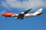 RUSSIANSKIさんが、シンガポール・チャンギ国際空港で撮影したTNT航空 747-4HAF/ER/SCDの航空フォト(飛行機 写真・画像)