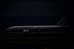 カヤノユウイチさんが、羽田空港で撮影した日本航空 777-246の航空フォト(飛行機 写真・画像)