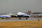 ふじいあきらさんが、伊丹空港で撮影した全日空 777-381の航空フォト(写真)