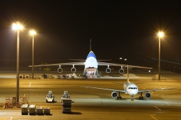 リリココさんが、中部国際空港で撮影したアントノフ・エアラインズ An-124-100M Ruslanの航空フォト(写真)