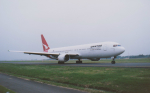 kumagorouさんが、仙台空港で撮影したカンタス航空 767-338/ERの航空フォト(飛行機 写真・画像)
