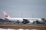 kitayocchiさんが、新千歳空港で撮影した日本航空 777-246の航空フォト(写真)
