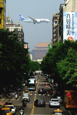 RUNDY!さんが、台北松山空港で撮影した全日空 787-8 Dreamlinerの航空フォト(飛行機 写真・画像)