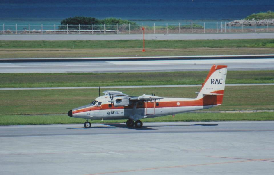 kumagorouさんの琉球エアーコミューター De Havilland Canada DHC-6 Twin Otter (JA8808) 航空フォト