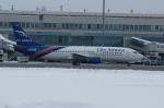 北の熊さんが、新千歳空港で撮影したGE キャピタル アヴィエーション サービス 737-4Y0の航空フォト(写真)