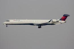 航空フォト:N823SK スカイウエスト CRJ-900