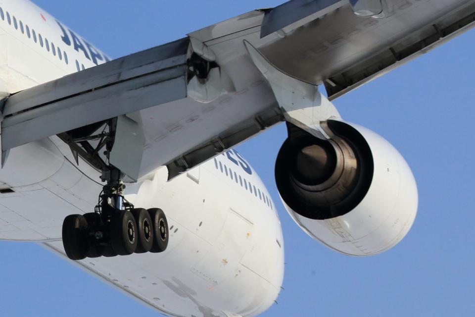 T-ORIさんの日本航空 Boeing 777-200 (JA8983) 航空フォト