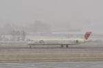 kumagorouさんが、女満別空港で撮影した日本航空 MD-90-30の航空フォト(飛行機 写真・画像)