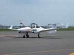 北の熊さんが、札幌飛行場で撮影した寿商会 DA42 TwinStarの航空フォト(写真)